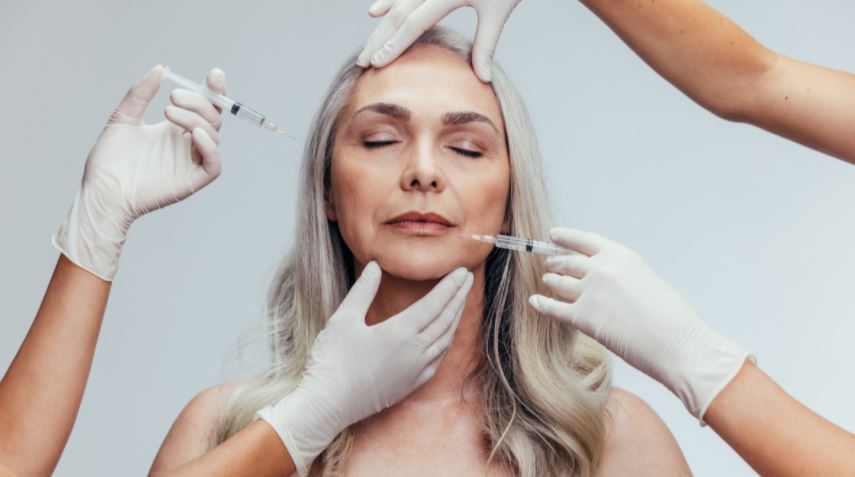 woman receiving restylane skinbooster treatments
